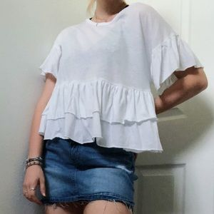 AMERICAN EAGLE WHITE FLOWY LAYERED BLOUSE SIZE M